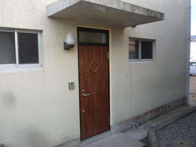 玄関ドア・内装・トイレリフォーム工事